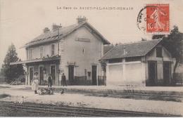 CPA Saint-Pal-Saint-Romain - La Gare (avec Animation) - Sonstige Gemeinden