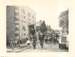 BRACIEUX LA FANFARE  PENTECOTE 1952  PHOTO ORIGINALE FORMAT  11 X 8.00 CM - Luoghi