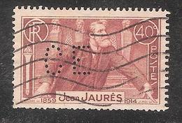 Perforé/perfin/lochung France No 318 CE Cie Ctle Des Emeris Et Produits à Polir (83) - Perfins