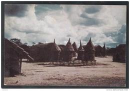 Celeiros Numa Aldeia Dos Arredores De Maquela Do Zombo - Stamp 1965 - Angola - Angola