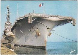 Gf. Le Porte-Avion FOCH. 611 - Warships
