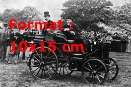 Reproduction D'une Photographie Ancienne D'une Panhard Levassor En 1895 - Reproductions