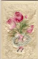 Cp: CELLULOÏD Sur Fond Duvet  - Bouquet De Roses ( Peintes à La Main ) - Fleurs