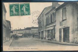 33 -- Lesparre -- Place Marcadieu - Lesparre Medoc