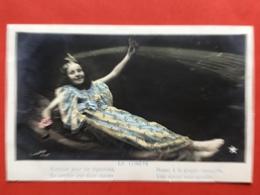 PHOTO CLAVETTE - LA COMETE - DE KOMEET - BONHEUR POUR LES VIGNERONS DONNE A LA GRAPPE VERMEILLE... - Illustrateurs & Photographes