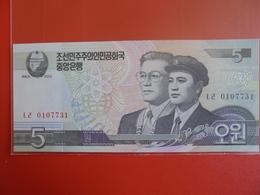 COREE(NORD) 5 WON 2002 PEU CIRCULER/NEUF - Corée Du Nord