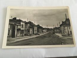 AUBE CPSM 9X14 CHAVANGES RUE DU BOIS - France
