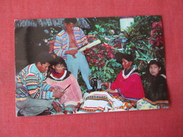 Seminole Indians---Engaged In Crafts ------>   Ref 3364 - Native Americans