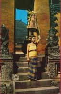 Indonesie Indonesia Beautiful Bali Balinese Lady Girl Banten Padjegan Temple Festival Ethnic Etnic Native - Indonésie