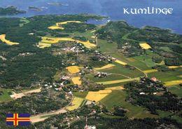 1 AK Finnland Åland * Blick Auf Die Insel Kumlinge - Eine Der Ålandinseln - Luftbildaufnahme * - Finland