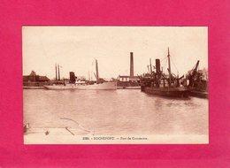 17 Charente Maritime, Rochefort, Port De Commerce, Bateaux, Cheminée D'usine, (R. Bergevin) - Rochefort