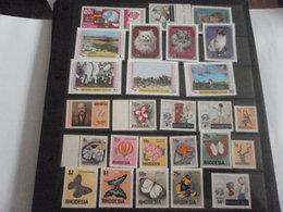Stamp Sets Mongolia And Rhodesia 1979 - Mongolia