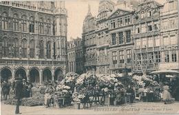Superbe  Cpa  De    BELGIQUE    -   Marché Aux Fleurs Sur La Grand-Place  à  BRUXELLES   - - Marchés