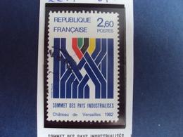 """1982  - Timbre Oblitéré N°  2214     """" Sommet Des Pays Industrialisés     """"    0.15 - France"""