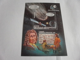 Miniature Sheet Perf Space Exploration Halleys Comet 1985 - Central African Republic