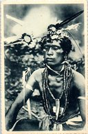 Micronésie - CAROLINES - Un Sorcier Paré De Ses Fétiche - La Superstition Exetrce Encore Dans Ces Iles - Micronesië