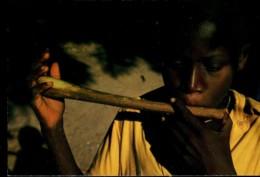 Afrique En Couleurs : Joueur De Flûte - Cartes Postales