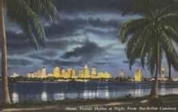 AR27 Miami, Florida Skyline At Night From MacArthur Causeway - Linen - Miami
