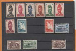 Cameroun 1939-44 13 Timbres (8 *3ème Choix, Adhérence..,2* 1er Choix, 3 Sans Gomme Ou Oblitéré) - Camerún (1915-1959)