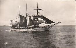 Rare Cpa St Malo Terreneuvier En Partance Pour Les Banc - Saint Malo