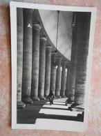 CITTA DEL VATICAN **sotto Il Colonnato Di Piazza S.Pietro - Vatican