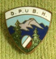Pre WWII, Bosnia, Mountain,Climbing Association - D.P. U B.H -  Enamel Buttonhole Badge / Pin - Alpinism, Mountaineering