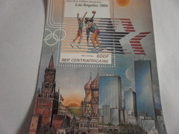 Miniature Sheet Perf 1984 Los Angeles Olympics Basketball - Central African Republic