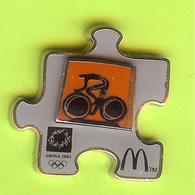 Pin's Mac Do McDonald's JO Jeux Olympiques Athens 2004 Cyclisme - 7F10 - McDonald's