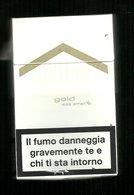 Tabacco Pacchetto Di Sigarette Italia - Malboro Gold Original Less Smell Da 20 Pezzi - Tobacco-Tabac-Tabak-Tabaco - Porta Sigarette (vuoti)