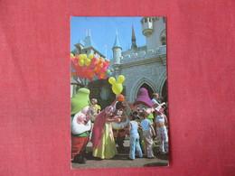 Snow White & Seven Dwarfs   > Disneyland Ref 3365 - Disneyland