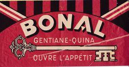 """CHAPEAUX PUBLICITAIRES EN PAPIER - TOUR DE FRANCE - ANNEES 1960 """"(Format 31 X 15) - Reclame"""