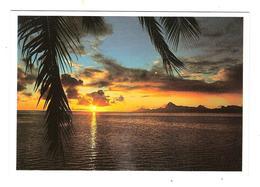 COUCHER DE SOLEIL SUR MOOREA - Polinesia Francese