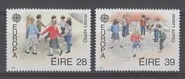 PAIRE NEUVE D'IRLANDE -  EUROPA 1989 : JEUX D'ENFANTS N° Y&T 682/683 - Europa-CEPT