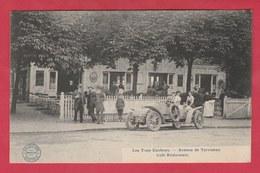 """Woluwe-St-Pierre -Café-Restaurant """" Les Trois Couleurs """" ... Superbe Animation ,façade , Oldtimer - 1911 ( Voir Verso ) - Woluwe-St-Pierre - St-Pieters-Woluwe"""