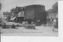 LA BAULE : Place De La Chapelle - La Baule-Escoublac