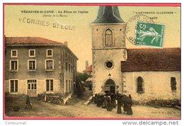 CPA 15 VEDRINES ST LOUP Saint La Place De L' église  Canton De Ruynes-en-Margeride Sortie De La Messe - Frankreich