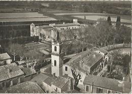 FOURQUES Leglise Le Chateau - Uzès