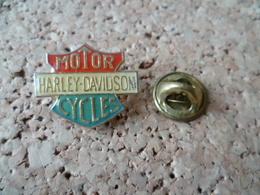 PIN'S   MOTO HARLEY DAVIDSON - Motos