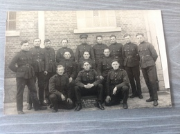 Beverloo Camp? A Identifier Photo Carte Militaire Militaria Soldats - Militaria