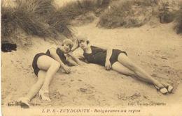 Zuydcoote-Nord - Nus - Baigneuses Au Repos - Deux Jeunes Femmes - Voyagée 1939- Recto Verso--Paypal Sans Frais - Altri Comuni