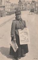 CPA - La Vendeuse De Journeaux - La Mère L'Amour - 1907 - Très Bon état - Duclair