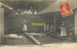 41 La Chaussée Le Comte, Le Lavoir, Très Belle Animation, Top Carte - Autres Communes