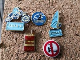 5  Pins Sur Le  Tabac  Et Interdiciton De Fumee Porcelaine  Thosca Gitanes Winston Rizla Planche A Voile Et Moto - Pin's & Anstecknadeln
