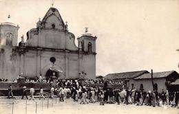 El Salvador - Misa En Una Antigua Iglesia Colonial - REAL PHOTO. - El Salvador