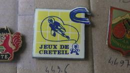 CRETEIL JEUX SPORT - Badges