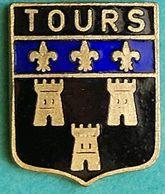 JJ....636.........petit Pin's.........TOURS - Villes