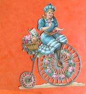 Chromo Decoupis Gaufré Circa 1890 Enfant Fillette Draisienne Velo Bicyclette Cyclisme 8 Cm X 6 Cm - Children