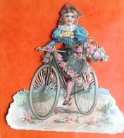 Chromo Decoupis Gaufré Circa 1890 Enfant Fillette  Velo Bicyclette Cyclisme 9cm X 8,5 Cm - Children