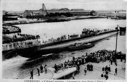(103)  CPA  Cherbourg  Arsenal Maritime Lancement Du Sous Marin  Espoir  (Bon état) - Cherbourg