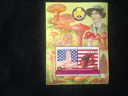 St Vincent 75th Anniversary Of Girl Guides S/S - St.Vincent (1979-...)